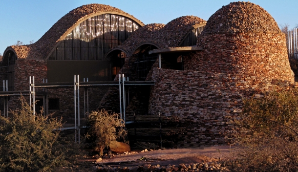 """african architecture: 21st century """"afritecture"""" - new african"""