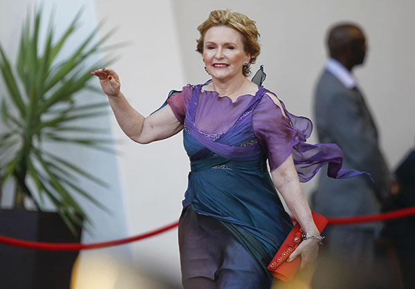 HELEN ZILLE Zille OPENING OF SOUTH AFRICAN PARLIAMENT AND PRESIDENTS STATE OF THE NATION ADDRESS.