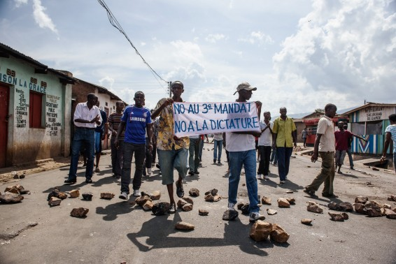 People demonstrate against Burundi President Pierre Nkurunziza's bid for the 3rd term in Nyakabiga neighborhood in Bujumbura on May 16, 2015. Burundi's government was Saturday accused of launching a campaign of reprisals and repression against independent media, the day after loyalist troops defeated an attempted coup against the central African nation's president.  AFP PHOTO / JENNIFER HUXTA