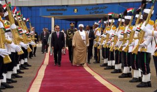 """Egypt and Sudan mend ties and """"overcome difficulties"""""""