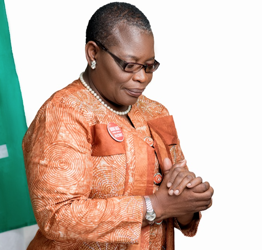 Oby Ezekwesili quits Nigeria presidential race, her party moves support to Buhari